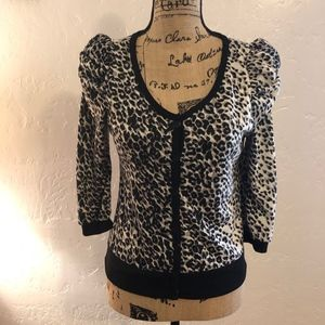 Timing animal print sweater, size medium